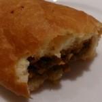 マトリョーシカ - ピロシキはお肉いっぱい詰まっています