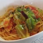 デルフィーノ - イルカランチ:パスタ(あさりとキャベツのトマトソース)