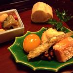 24354918 - 前菜 節分をイメージ                       大豆と鮑の海鮮煮                       白稲荷、白子の天麩羅                       人参のしんじょう、金柑、蛸のフォンドボー
