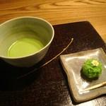 茶房一笑 - 抹茶に上生菓子