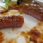 24356484 - お肉はレア状態