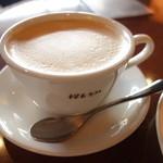 桜丘カフェ - ケーキセットのカフェラテ