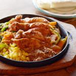 エルパンチョ - チキンファヒータ。スパイスソースで野菜と具を炒めてフラワートルティーヤで巻いて食べるUSAでも人気のファヒータ!