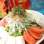 旬菜酒房 楽 - 地元で採れたての野菜を中心に、厳選した野菜を使用しています