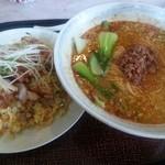 台湾料理RIN - 料理写真:麺と飯セット