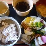 阿古屋茶屋 - 第一回戦・十六穀米&全部盛り