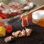 五臓六腑 七八 - 他店ではなかなか食べれない、特選地鶏の溶岩焼肉。