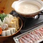 五臓六腑 七八 - コラーゲンたっぷり!濃厚白濁鶏スープ水炊き。