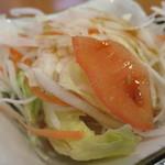氷花餃子 - サラダ
