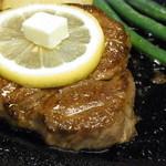 かめや - A5ランクの松阪牛ステーキ
