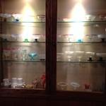 可否茶舗 儚夢亭 - こちらにも食器のコレクションが。