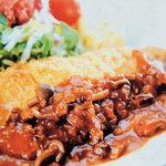 フクモト - 豚ロース肉のチーズ包みカツレツ(スープ、サラダ添え) 800円