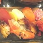 24387746 - 串天定食の握り寿司