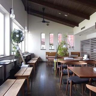 2階(テーブル&カウンター)