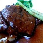 ラ・クチネッラ・ディ・ヤマモト - 牛スネ肉の柔らか煮込み