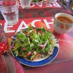 カラ デニス - ランチのサラダ&スープ☆