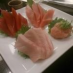 沼津魚がし鮨 - まぐろ4点盛