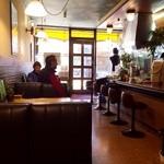 喫茶アミー - 古き良き純喫茶。新規のお客さま、心よりお待ちしております。