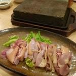 吾愛人 - 地鶏の桜島溶岩焼き