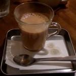 まるカフェ - チャイ(450円)