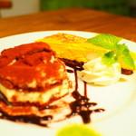 Cafe VG - Wドルチェセット(豆乳ティラミス&カボチャベイクドチーズ)