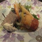 バル・ルフージュ - 田舎風パテとエビのムースの揚げもの