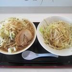 ジャンクガレッジ - ラーメン倍盛(野菜ダブル/ニンニク少し)¥800