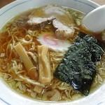 ひかり食堂 - ラーメンアップ画 H25.5
