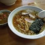 ひかり食堂 - ラーメン+小カレーセット 550円 H25.5