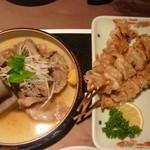 Mitsuoki - 牛すじの煮込み、鶏皮塩焼き