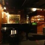 バーボンクラブ - グランドピアノ