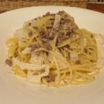トラットリア リオコルノ - 牛ひき肉白菜のクリームソーススパゲッティ
