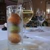 Gourmet et 5 Sence - 料理写真:2014.2)お昼のおすすめコース(3500円)もプチシューから始まります