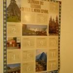 スペイン料理銀座エスペロ - 2年前のカレンダーが貼ってあった