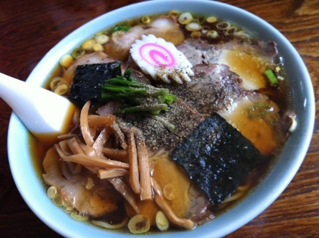 かすが食堂 - チャーシュー麺大盛り 750円