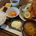 ウインピー - エビフライ定食