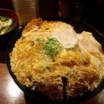 とん亭 - かつ丼玉子W+味噌汁(2009,5)