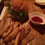 Jamming Dining - ベーコンエッグハンバーガー