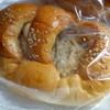 マザーヤマキ - 料理写真:ごぼうパン(\150)
