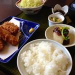 24445330 - Aランチ 800円 (2014.02現在) ご飯お代わりOK