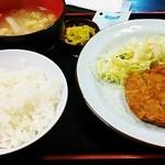 味自慢 四季 - 日替わりメンチカツ定食600円♪