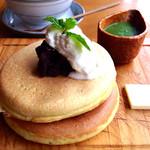 嵯峨野湯 - パンケーキ  抹茶チョコ小豆