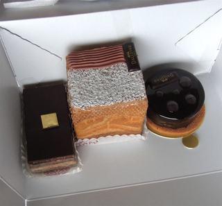 ダロワイヨ ルミネ荻窪店 - チョコレートケーキ3種