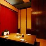 焼肉の龍園 - 店内 個室