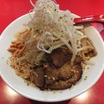 麺屋 武吉 - 期間限定の みそあえ麺です。ボリュームが凄かったです。