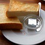 155ダイナー - トーストセットのトースト(2014.2下旬)