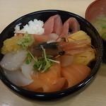 どんぶり茶屋 - 漁場丼1280円