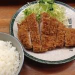 とんかつ 安右衛門 - ロースカツ定食
