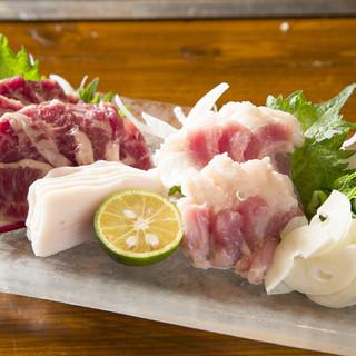 毎日市場から新鮮魚介が入荷!鉄板焼き以外のメニューも豊富!