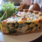 パーラー江古田 - ほうれん草とリコッタチーズのキッシュ